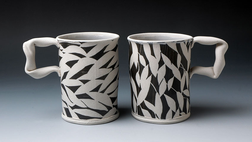 Mugs with Black Leaf Pattern
