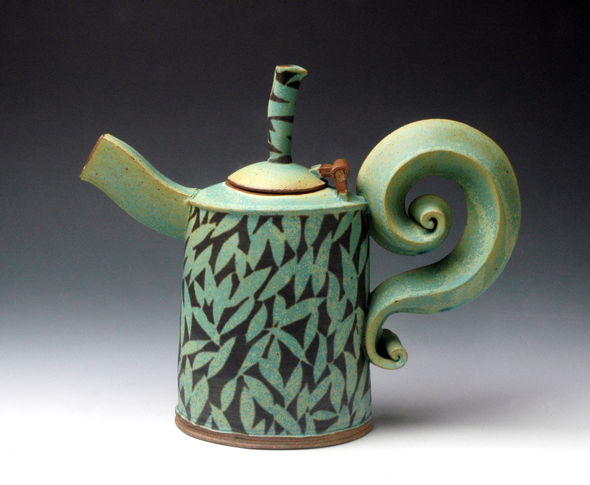 Green Teapot with Leaf Pattern