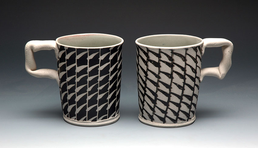 Mugs with Black Reed Pattern